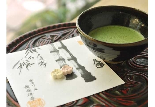 A.鎌倉でカフェ巡り