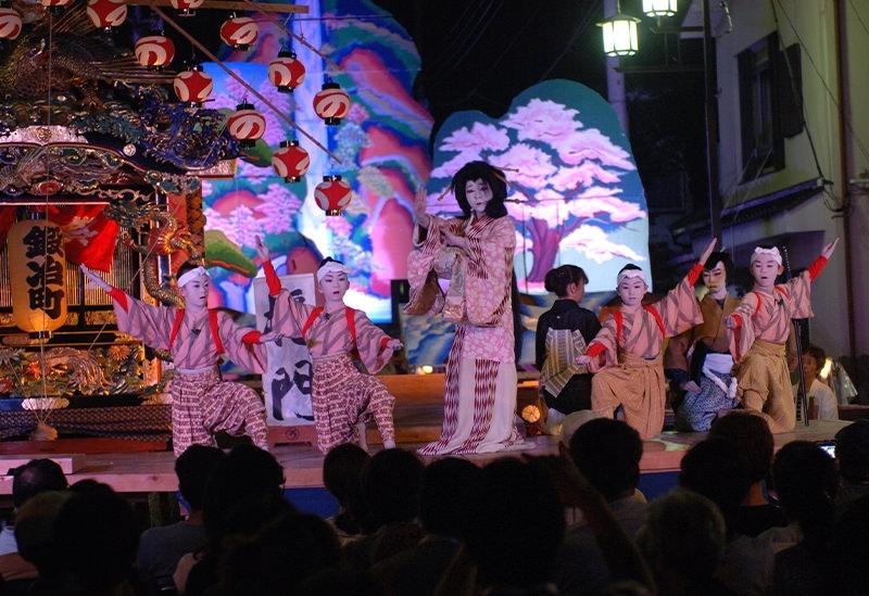 450余年の伝統ある歌舞伎舞踏「山あげ祭」