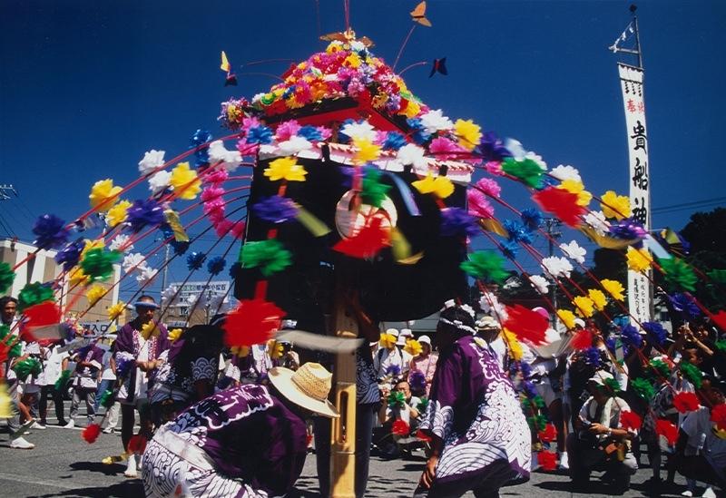 迫力と伝統を兼ね備えた鹿島踊り奉納「貴船まつり」