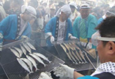 第22回目黒のさんま祭り(東京都品川区)