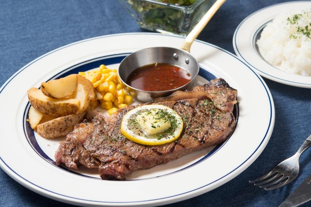 肉カフェの本格肉ランチ&ディナー