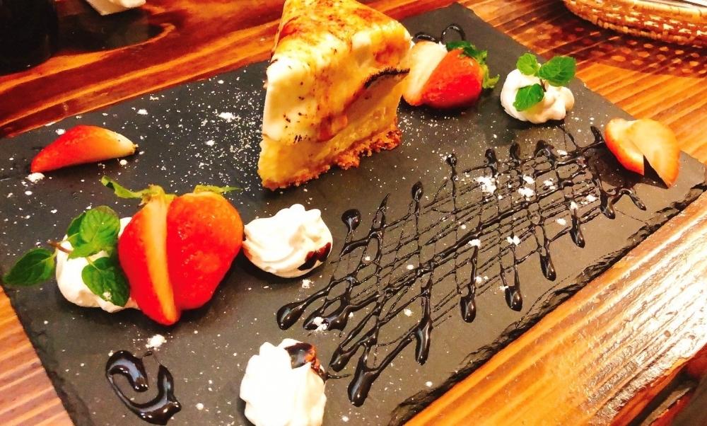 フルーツを使った豪華なデザートプレートも人気!