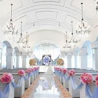 結婚式でココを歩きたい♡都内でおすすめの「バージンロード」10選