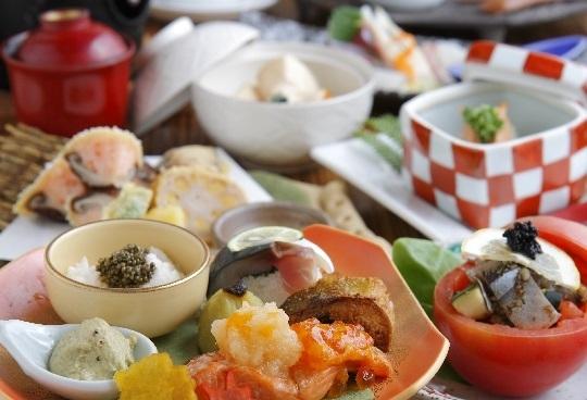 月替わりの献立とコース料理