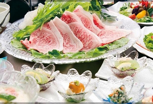 「鶴霊泉」の魅力とは③見た目も美味しいお料理