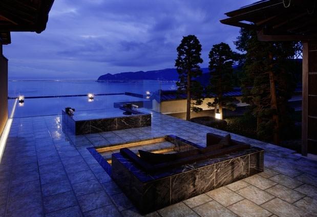 日本の建築美が存分に施された離れ「数寄屋棟」