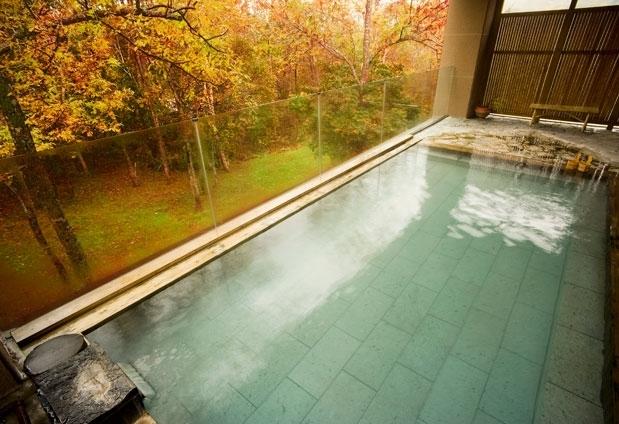 森の天空露天風呂!?北海道・ニセコ昆布温泉「ホテル甘露の森」って?その2