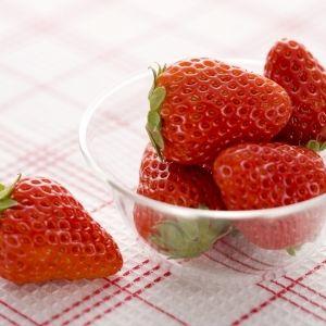 魅惑のジューシーさ。全国で注目の大粒イチゴと絶品スイーツその0