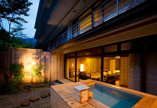 雄大な箱根・外輪山が眺められる露天風呂付き客室