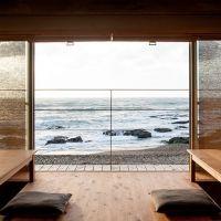 都会を離れて、スローな休日。「里海邸 金波楼本邸」で海を眺めて過ごそう