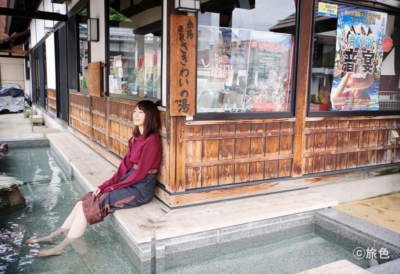 ①新垣結衣さんが秋の温泉街で癒される。山形県・赤湯で童話や民話の世界を巡る旅へ