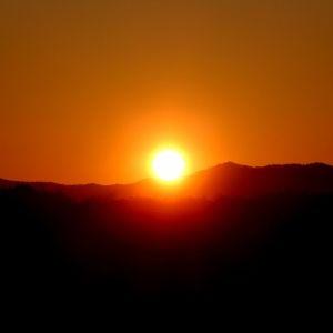 初日の出を元気に見よう。手軽にできる4つの「防寒対策」アイディア