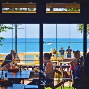 サンセットが美しい! 沖縄のカフェ3選その0