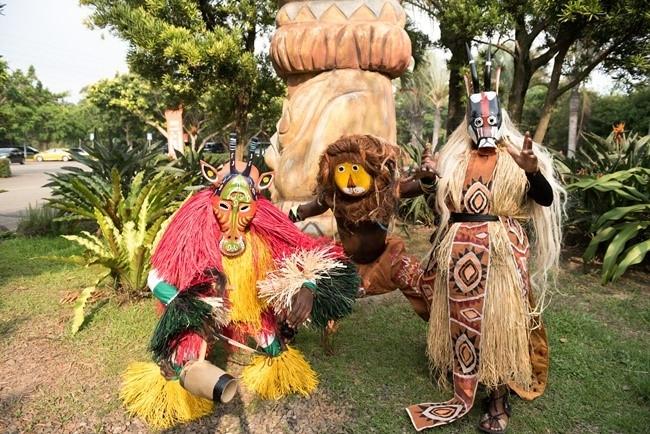 年に一度のフェスティバル、館内のそこここがお祭り仕様に。