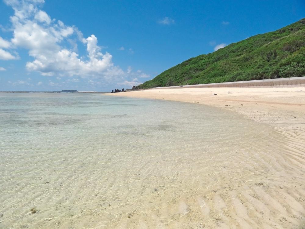 沖縄県の離島「渡名喜島」の魅力②きれいな天然ビーチ