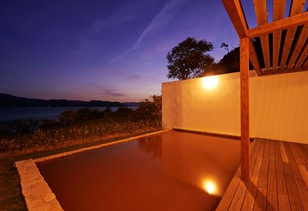 奄美大島唯一の天然温泉を堪能しよう