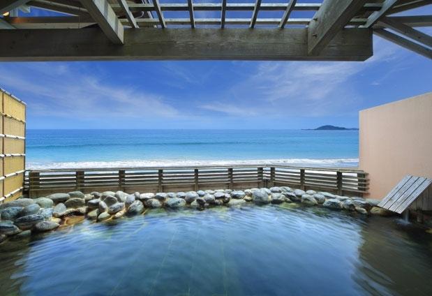 鴨川温泉を堪能できる大浴場