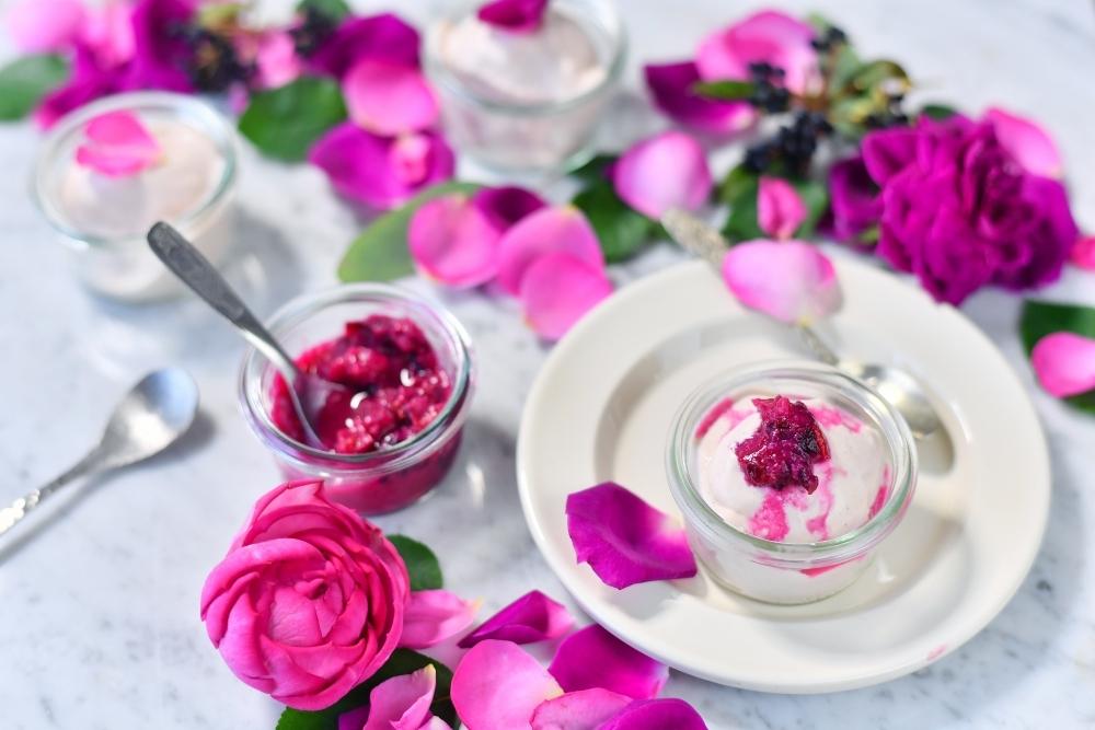 「香りをたべる」おしゃれなバラのアイスクリーム。本日より先行予約開始その2