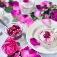 「香りをたべる」おしゃれなバラのアイスクリーム。本日より先行予約開始