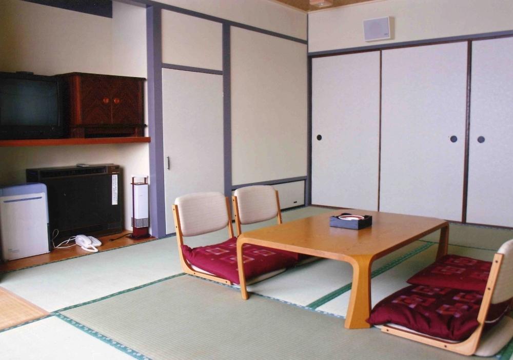 シンプル・イズ・ベストな和室でほっこり
