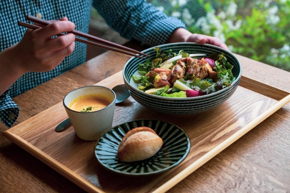 地元・国分寺野菜のサラダボウルに注目!憩いのひとときを過ごせるカフェがグランドオープンその2