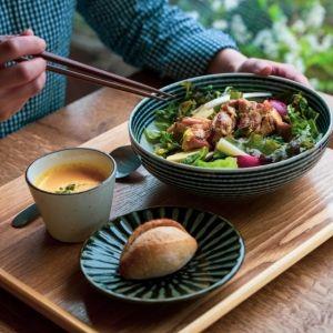 地元・国分寺野菜のサラダボウルに注目!憩いのひとときを過ごせるカフェがグランドオープン
