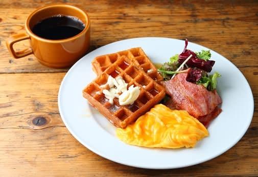 朝方のライフスタイルを発信「GOOD MORNING CAFE 早稲田」