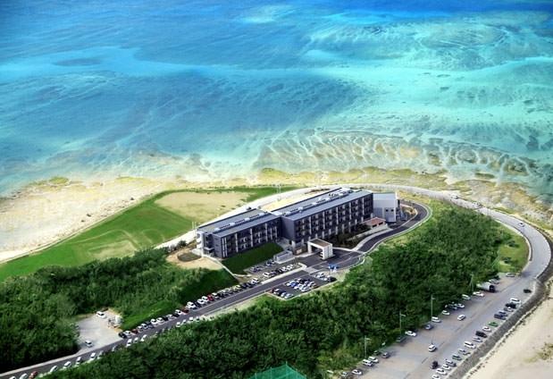 沖縄県の離島にある「琉球温泉 瀬長島ホテル」の魅力②アクティビティ・朝ヨガに参加できる