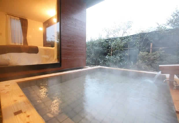 源泉100%の贅沢な湯浴みが楽しめます