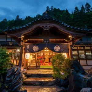 """ほっと心やすらぐ""""和""""のしつらえ。奥飛騨温泉郷の古き良き温泉宿とはその0"""