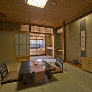 名湯と美食に魅せられる・栃木県「四季味亭ふじや」
