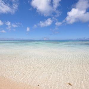 どこから見ても美しい!絶景スポットで有名な波照間島「ニシ浜」