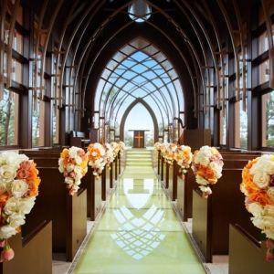 憧れのあの場所で結婚式を。ウエディングで利用したいおすすめホテル