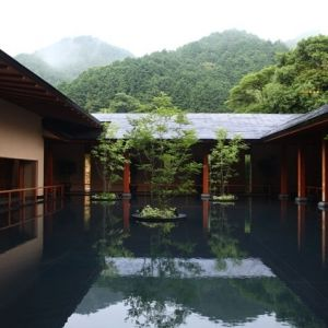 湯治をモダンにアレンジ。洗練された空間で極上の癒しを体験できる、山口県の温泉リゾート宿へ