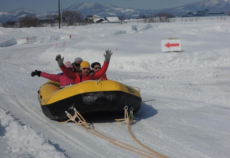 広大な大地で楽しむからこそ醍醐味のある「雪上ドリフト」