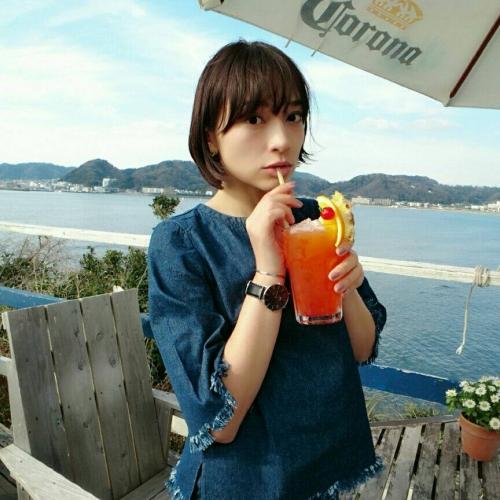逗子海岸に突き出したビーチハウスーーSurfers by芳美リンさん(神奈川)