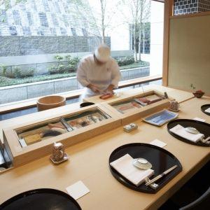 1泊なんと566,888円!専属バトラー、プライベートカウンターの寿司…贅沢プランが登場その0
