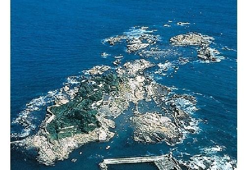 新日本百景の地「名勝仁右衛門島」