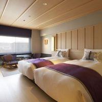 スマホ無料貸し出し・贅沢な客室…。一歩入れば別世界「京都センチュリーホテル」