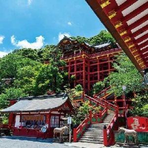 初詣におすすめ!佐賀県「祐徳稲荷神社」の魅力