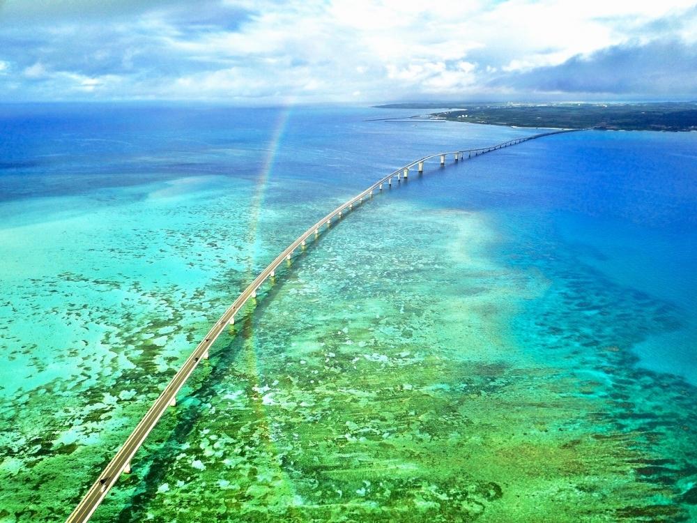 <動画つき>サンゴ礁の海の上をドライブ!元秘境ツアー添乗員・とまこおすすめ、宮古島の海にかかる橋3つ【連載第26回】その2