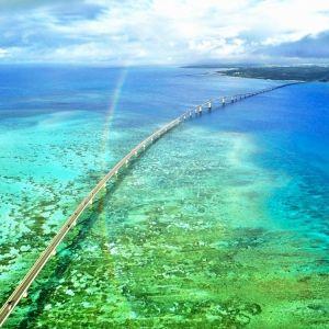 <動画つき>サンゴ礁の海の上をドライブ!元秘境ツアー添乗員・とまこおすすめ、宮古島の海にかかる橋3つ【連載第26回】