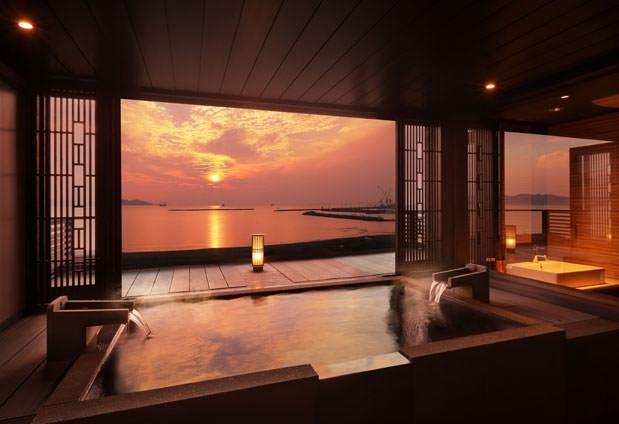 鏡ヶ浦温泉を贅沢に堪能しよう