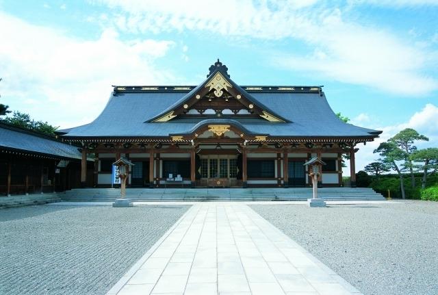 【1】クランクインのお祓いも行われた「山形縣護国神社」