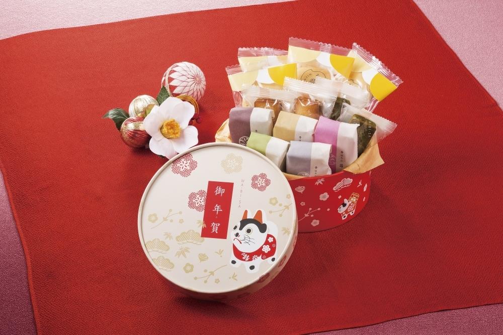 「犬張子」モチーフのキュートな年賀限定商品も