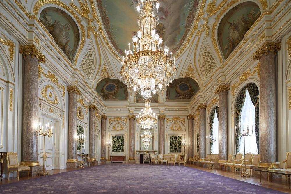 12月には夜間公開やライトアップも「迎賓館 赤坂離宮」