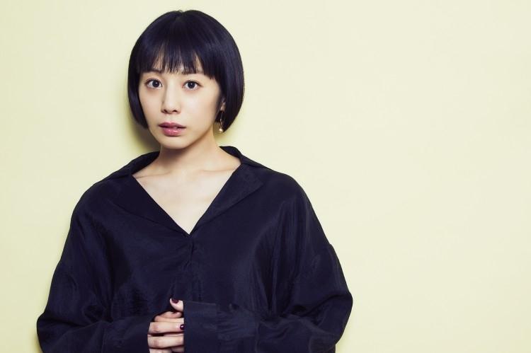 儚げな佇まいと透明感に引き寄せられる、女優・夏帆さん