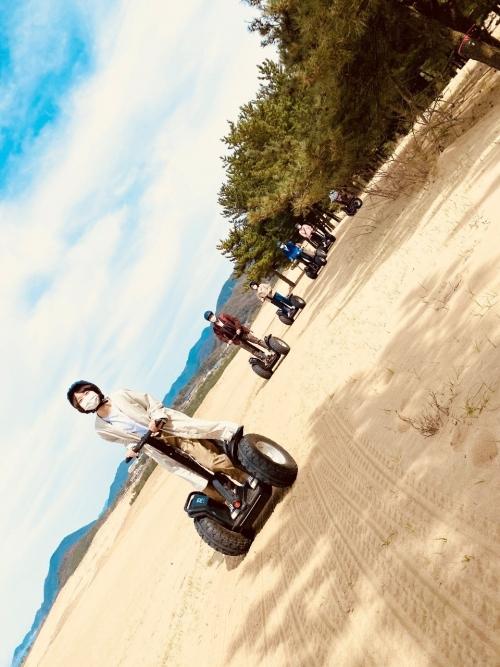 鳥取砂丘の絶景ポイントを目指す