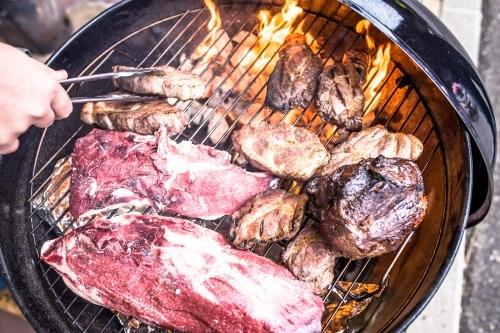 大好評! 熟成肉の実演と実食