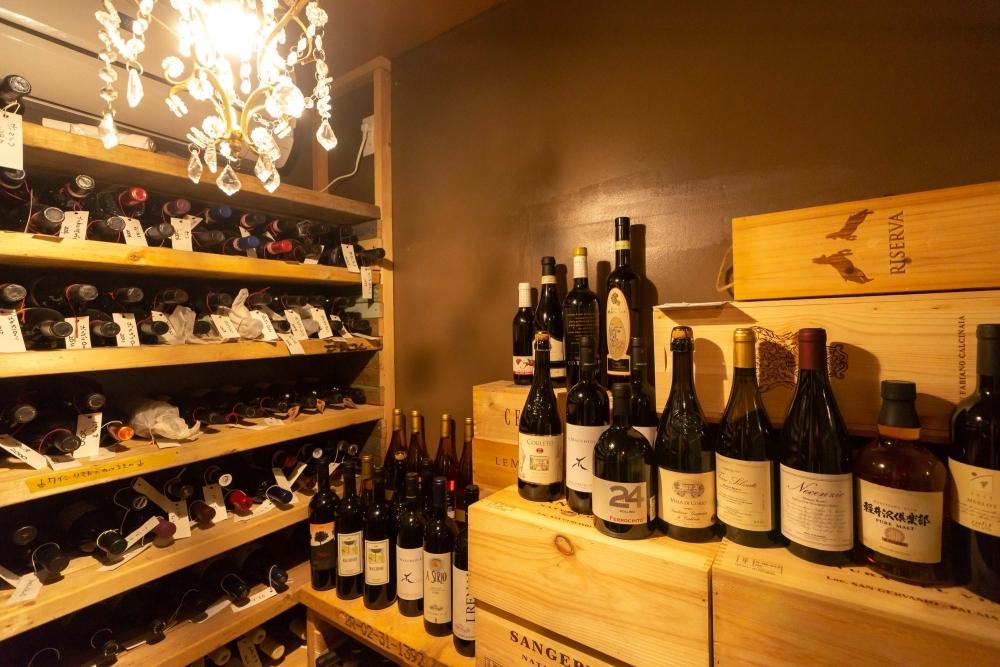 シェフと支配人が選んだ600種類のイタリアワイン